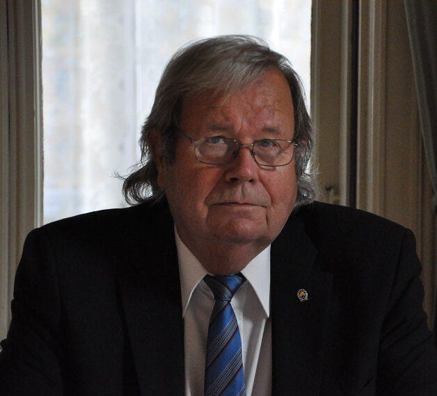 Kuvassa Jouko Nousiainen